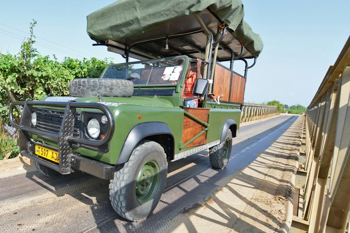 bush-rover-on-the-road