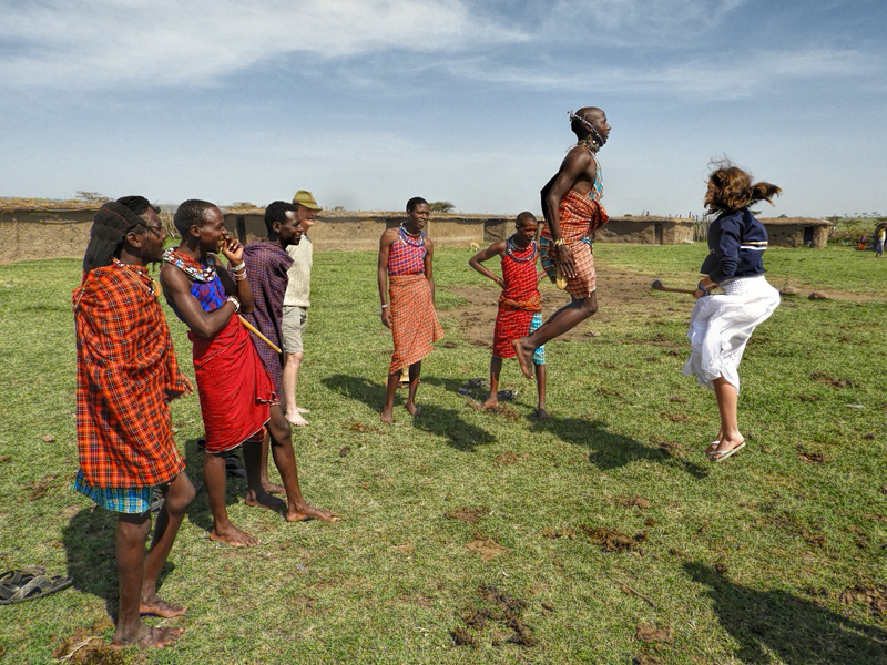 dancing-with-maasai