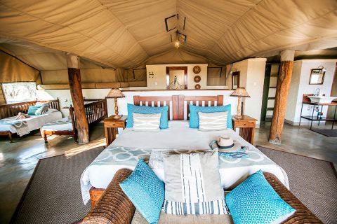 The Hide, Deluxe tent