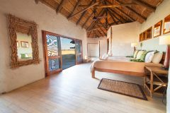 Nxai Pan lodge, guest room