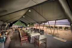 zambezi expeditions, dining room