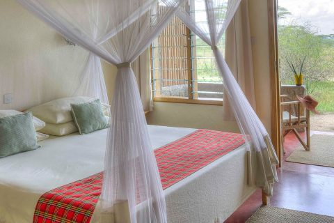 guest bedroom, Ndutu Safari Lodge