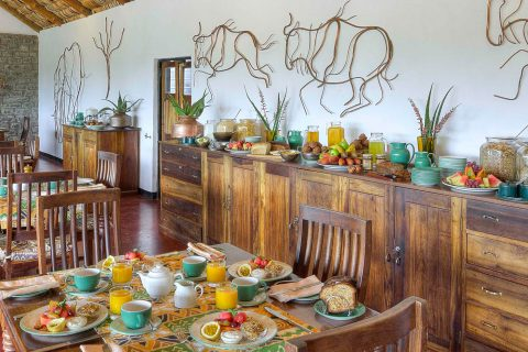 Breakfast buffet, Ndutu Safari Lodge